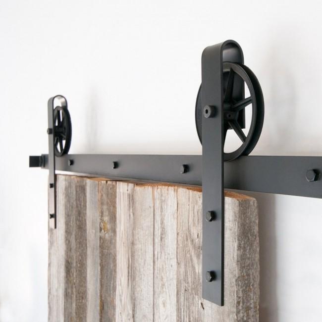 Winsoon black antique roller kit for sliding barn door for Antique sliding barn door hardware